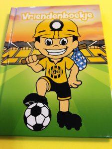 het 'koempeltje' vriendenboek van Roda JC